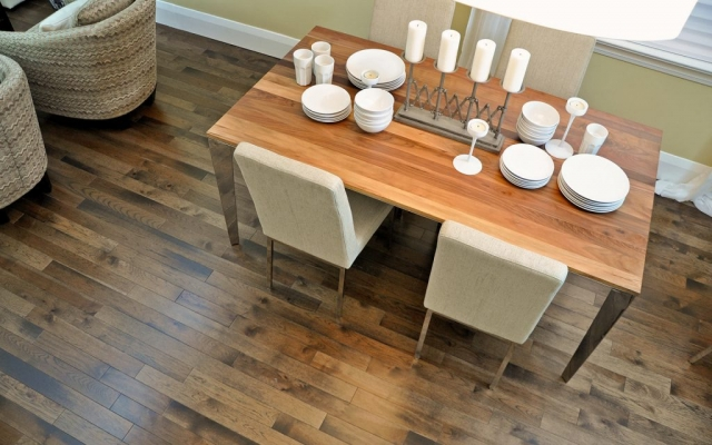 Mercier Hardwood, Species: Hickory Stained